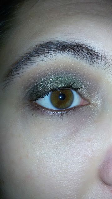 CHIKI88...  my passion for nails!: Thursday make up: militar green!