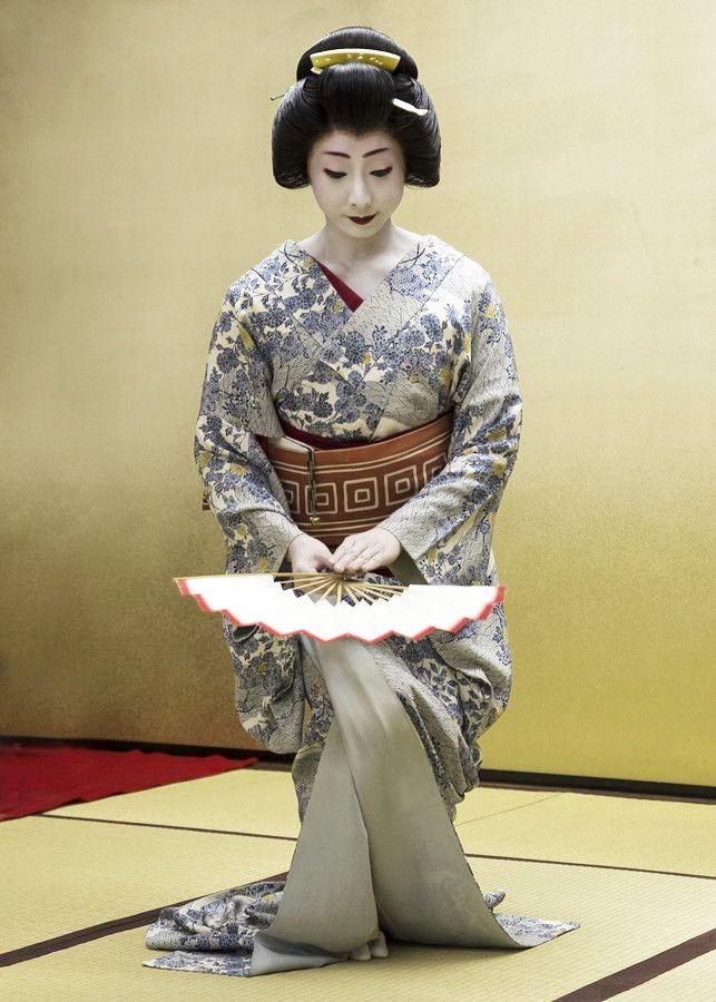 Geisha dance. Tokyo, Japan. by Hiroshi Jinza on 500px