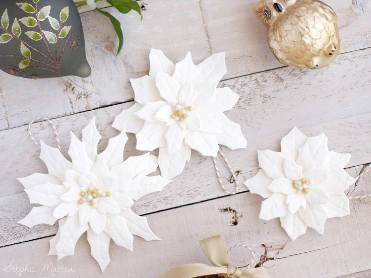 Blogmas Day 8 on Stephii Mattea: DIY Clay Poinsettia Ornaments
