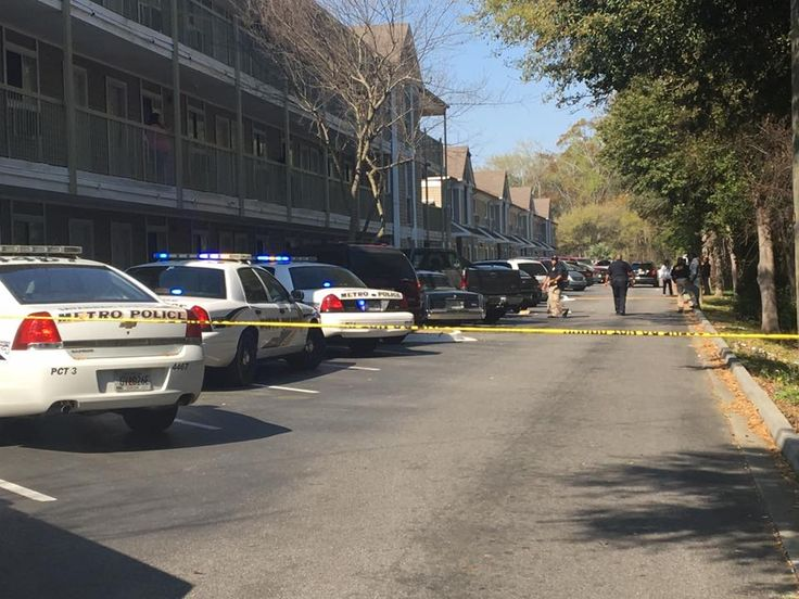 SAVANNAH, GA (WTOC) -  The Savannah-Chatham Metropolitan Police Department is investigating after a 4-year-old was shot in the hand at the Suburban Extended Stay Hotel on Abercorn Street, near the Truman Parkway a little before 10 a.m. Sunday morning.