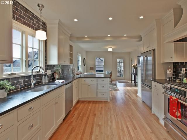 Kitchen peninsula with seating galley kitchen with - Island or peninsula kitchen ...