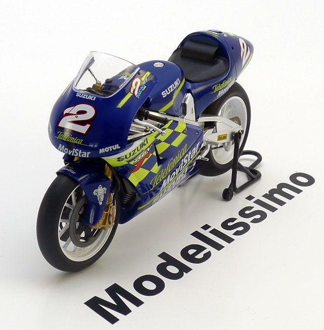 race bikes Ixo/Altaya 1:12 Suzuki RGV 500 World Champion Roberts Jr. 2000…