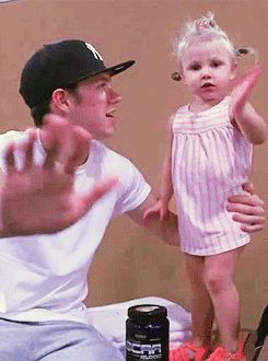 Niall and Lux <3 {gif}