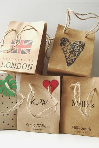 Make your wedding favours unique by putting them inside one of these personalised wedding bags. Set of 5 personalised wedding favour bags, £4, Shinta Shop