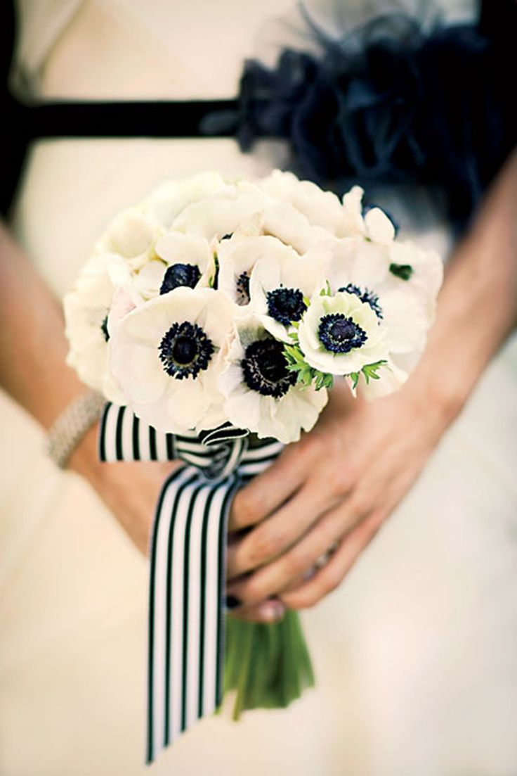 best Dream Wedding Flowers images on Pinterest Bridal bouquets