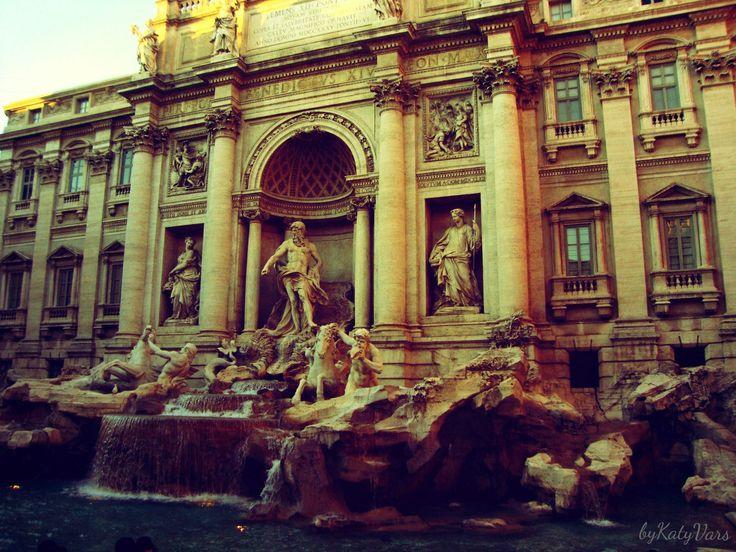 Title:# fountain# love# City:Roma