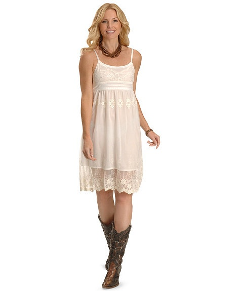 White Summer Dresses With Cowboy Boots