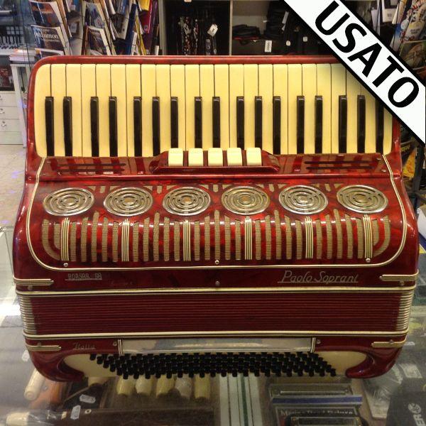 Fisarmonica Paolo Soprani 120 Bassi Usata. Voci in 4a e 5a. Borsa non inclusa nel prezzo.