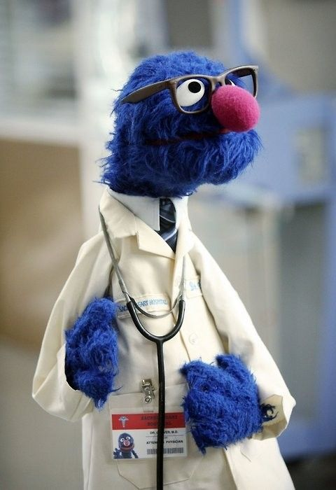 I think I'd like to walk into the doctor's office to find this....I looooove Grover!!!!