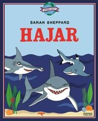 Svenska författaren Sarah Sheppard följer upp supersuccén Viktiga kartor med faktaboken Hajar. Med nördens brinnande intresse har hon berättat om dinousarier och andra djur i böckerna Massor av dinosaurier, Varning för köttgänget och Djuren i skogen. Hennes text och illustrationer väcker nyfikenhet och ger kunskap för stora och små. Hajarna började utvecklas för 400 miljoner år sedan. Men till skillnad mot dinosaurierna överlevde hajarna den stora meteoriten, flera massutdöenden och…