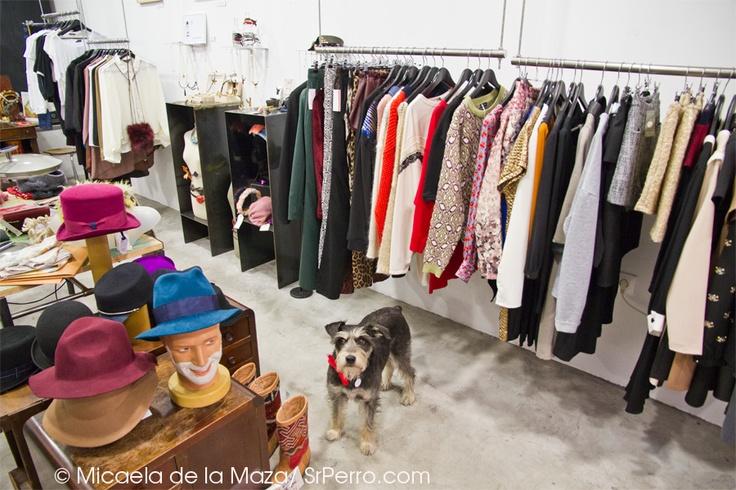 Hmm alguien me mira en rughara una tienda de ropa y - Ropa vintage sevilla ...