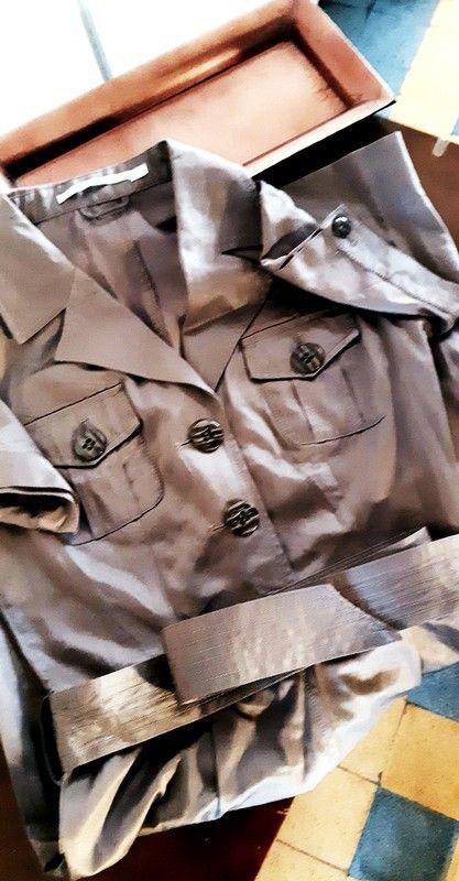 46faf9b79fb1 Robe marron taupe   A vendre sur vinted   Pinterest
