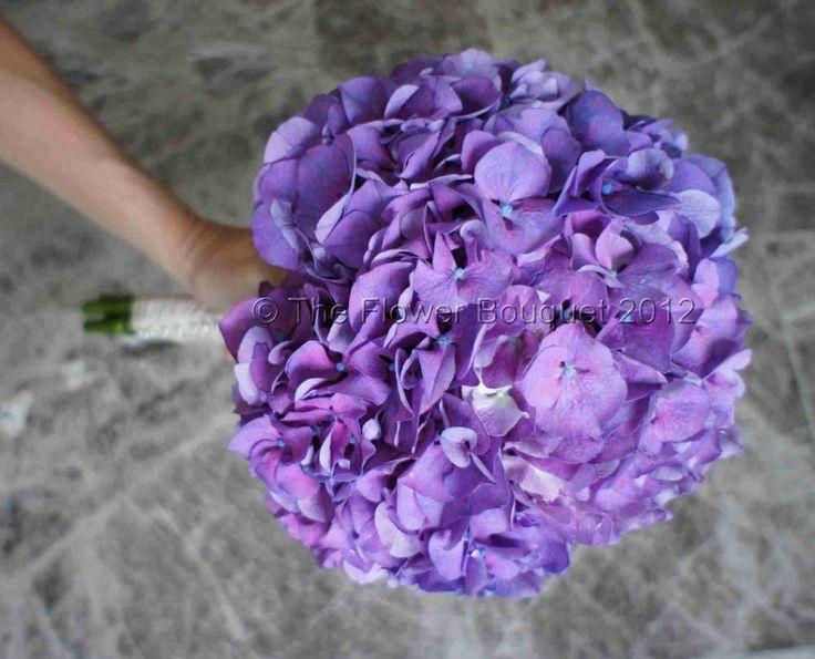 Purple Hydrangea Bouquet | Leanne & Adam