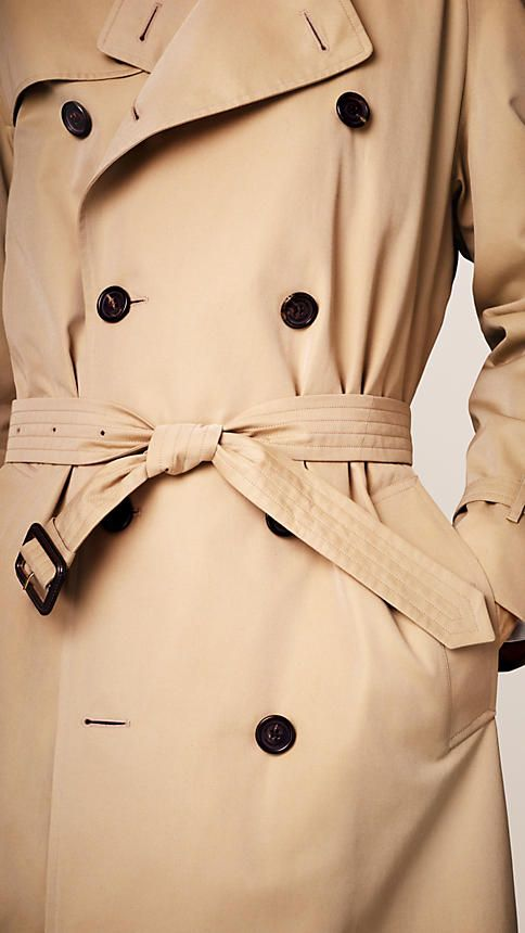 Burberry's classic fit trench coat, The Westminster is tailored to the body with a generous cut. Discover the men's outerwear collection at Burberry.com