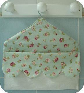 Cintre-sac de rangement à suspendre (pinces à linge, bijoux, chaussettes...) - tutoriel