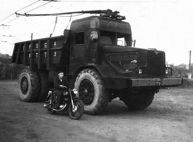 МАЗ-525 ХТТУ – троллейвоз-самосвал!