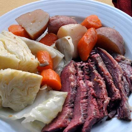 Slow cooker corned beef, Corned beef and cabbage and Corned beef on ...