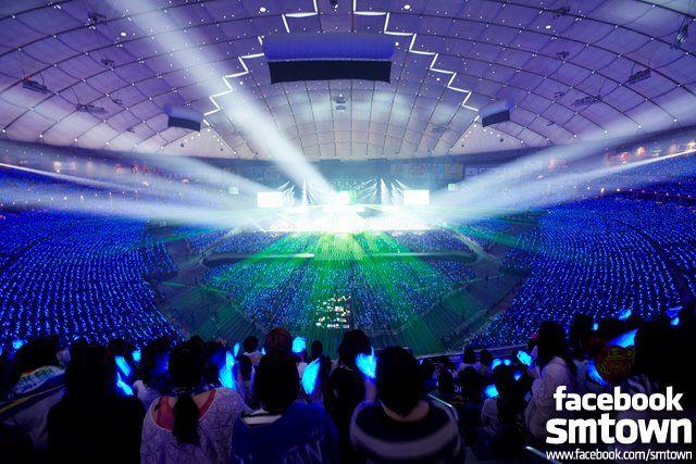 東京ドーム (Tokyo Dome)