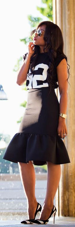 Black  White: Peplum Hem Skirt -   Jadore-Fashion