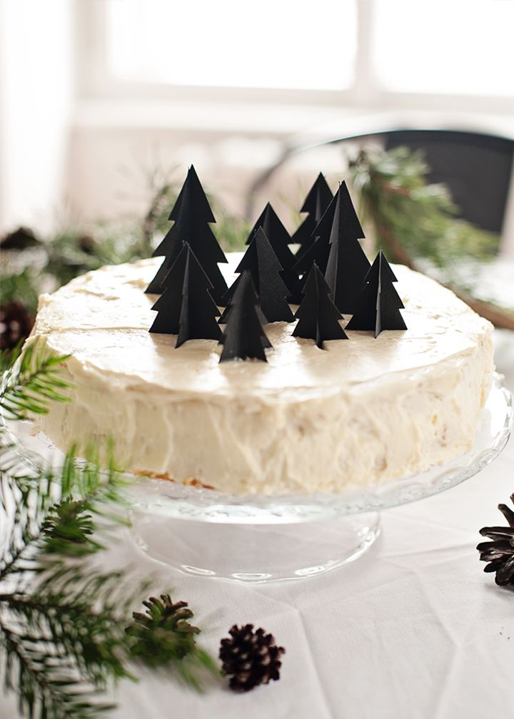 styling: soffa / photography: radostina for soffa magazineBlack Christmas, Christmas Cakes, Diy Christmas Trees, Soffa Magazines, Decor Cake, Christmas Paper, Paper Trees, Diy Christmas Decorations, Cake Toppers