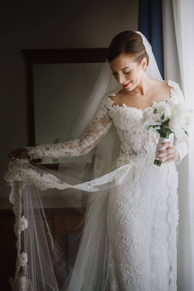 Bellissima la nostra sposina Marina! Tantissimi auguri! ♥♥♥ #weddingday #oggisposi #love #white #abitodasposa #sposa #beautiful #instamoment #instaphoto #wow