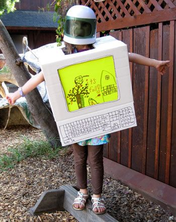 make your own halloween costume games