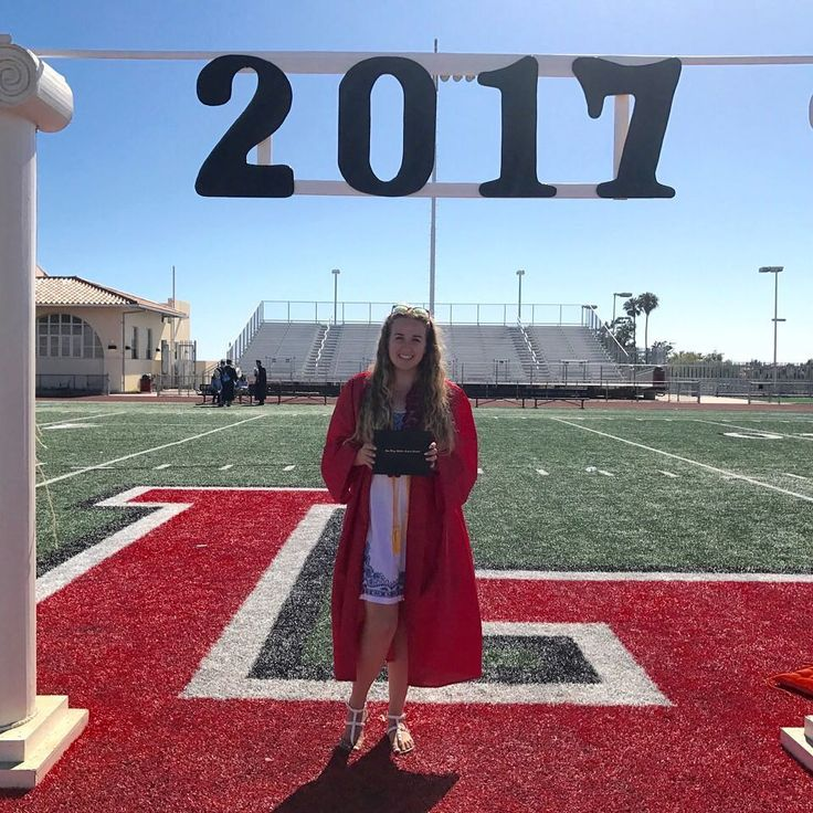 Congratulations to IvyWise pro bono #student Vienna, who will be attending #Pomona #College this fall!Check out our #CollegeAdmissions Blog to learn more about our #ClassOf2017 #students. #AspireApplyAchieve