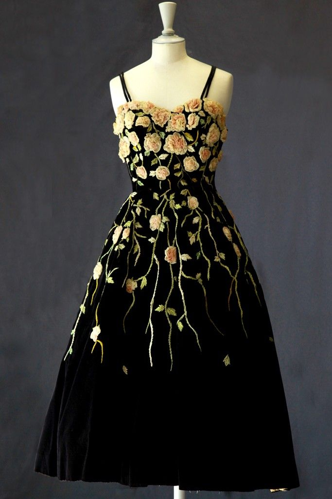 Vintage, Beautiful Brocade /  Chez Didier Ludot |from Chic & Geek.