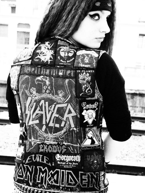 FUCK YEAH METALHEAD...my kind of girl!!!