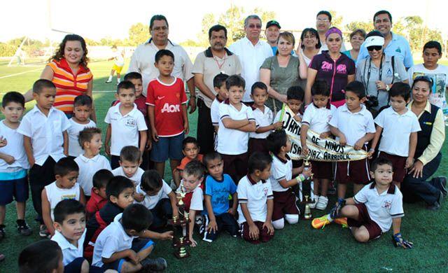 Noticias de Loreto: premiación de fútbol soccer preescolar