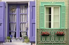 Resultado de imagem para modelos de janelas rústicas para casa de campo.