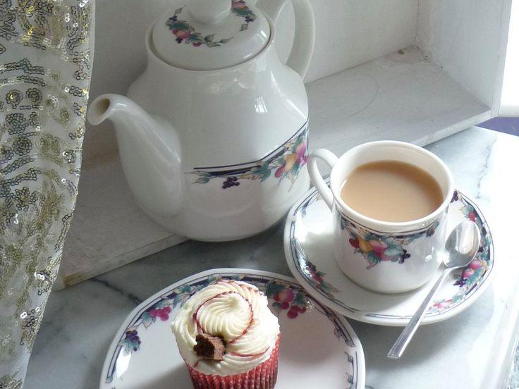 "Royal Doulton Vintage ""Autumn's Glory"" octagonal tea set, tea pot, milk jug, sugar bowl, set of 2 cups & saucers, two side plates by BitsnBobsnKeepsakes on Etsy"