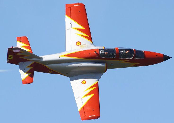 Patrulla Aguila Spanish Air Force flying 7 Casa C-101 Aviojets.