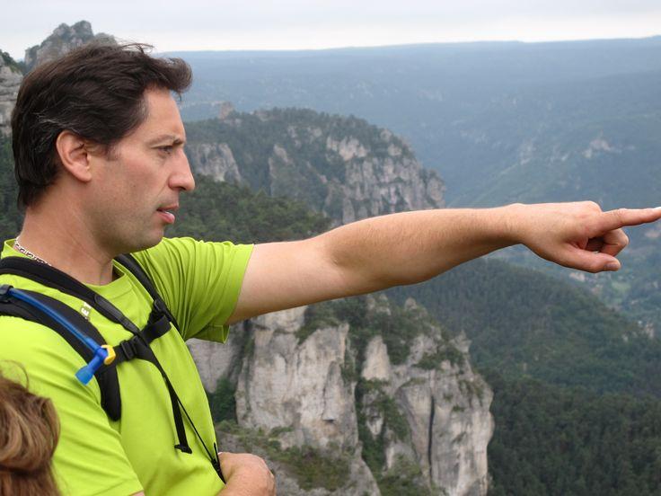 Sylvain Riols,  amoureux de grands espaces et accompagnateur de montage  propose des balades douces ou plus sportives sur les Causses.