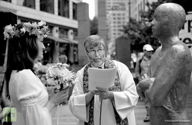 Seattle woman weds corporation