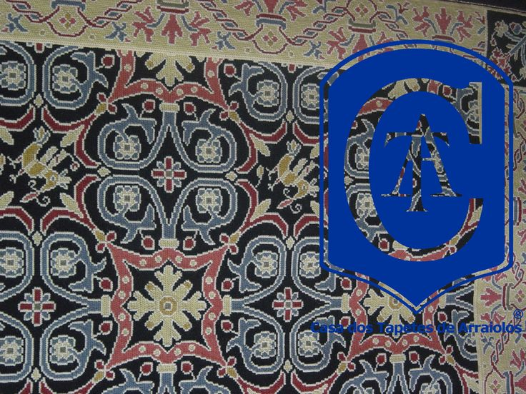 Portuguese needlepoint rug. Arraiolos rug - Hand Made in Portugal