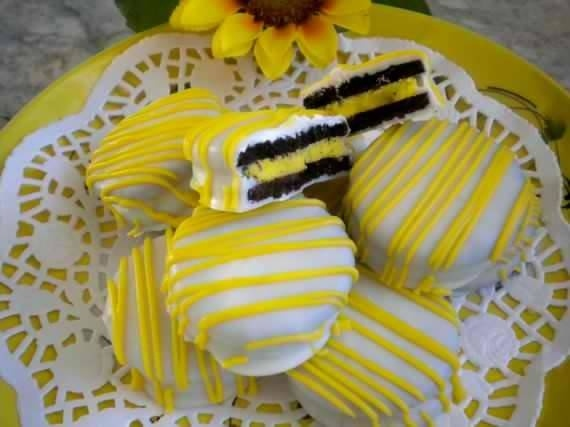 Whatis Black Eyed Susan Cake