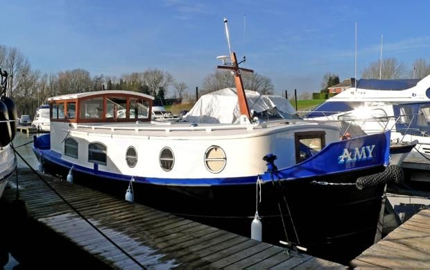 Luxe Motor 34 and 40ft Dutch barges | Branson Boat Design Dutch Barges