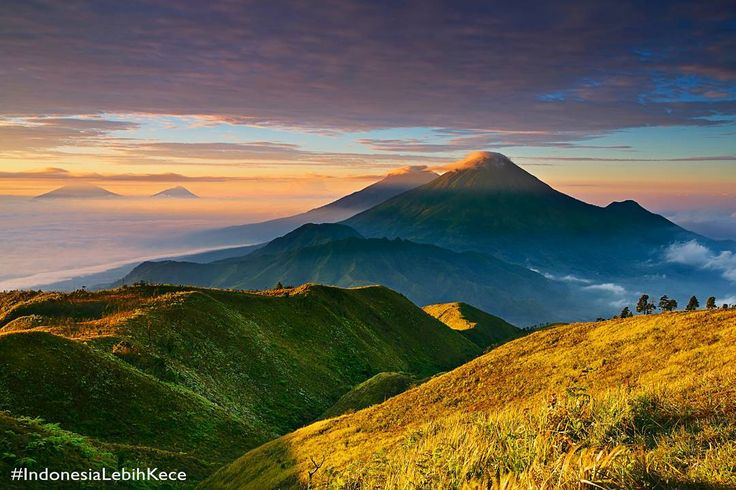 Gunung Prau Dieng Wonosobo Jawa Tengah - @netmediatama @indonesiamorningshow_net #IndonesiaLebihKece by nanda_only