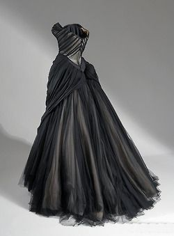 """Petal"" Ballgown Black velvet and silk satin, 1951 Ballgown Black silk chiffon, silk satin, netting, and boning, 1954–55. Charles James"
