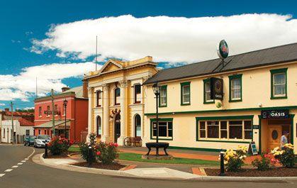 Longford Township Centre. Courtesy of Tourism Tasmania, Photo by Dan Fellow