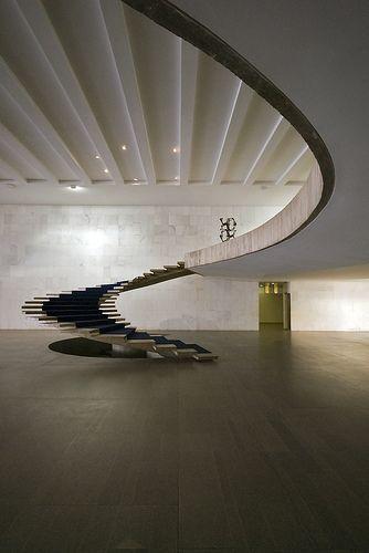 Oscar Niemeyer, 1962
