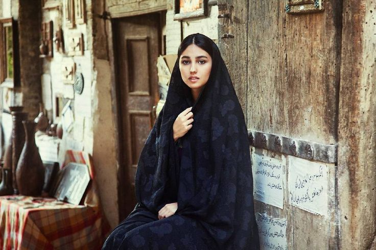 . The same blood runs in every hand...! Aaron Iran . . #girl #girls #iran #persiangirls #persiangirlstyle #triptoir #triptoiran #traveltoiran #travel #trees #bench #beauty #woman #womans #iranian #asia #middleeast #hijab #red #green #sad #photography #lights http://tipsrazzi.com/ipost/1521026717710453582/?code=BUbxb2zAotO