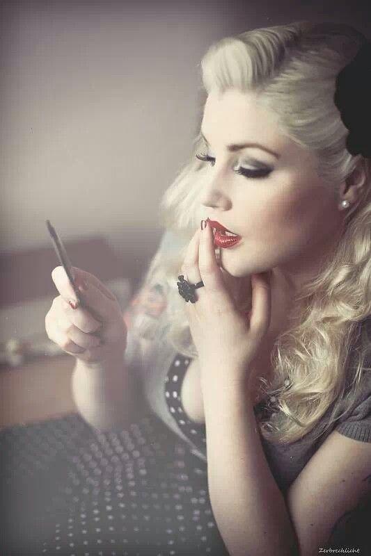 Up    Hair bill onitsuka chi tai Pin Pin Up   Modern moodboard Leila Makeup Lipstique and tiger   retro kill