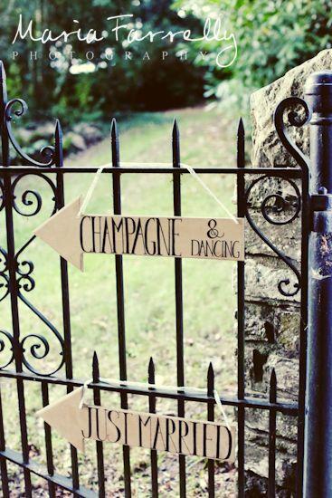 Signs for a wedding at Felin Newydd House