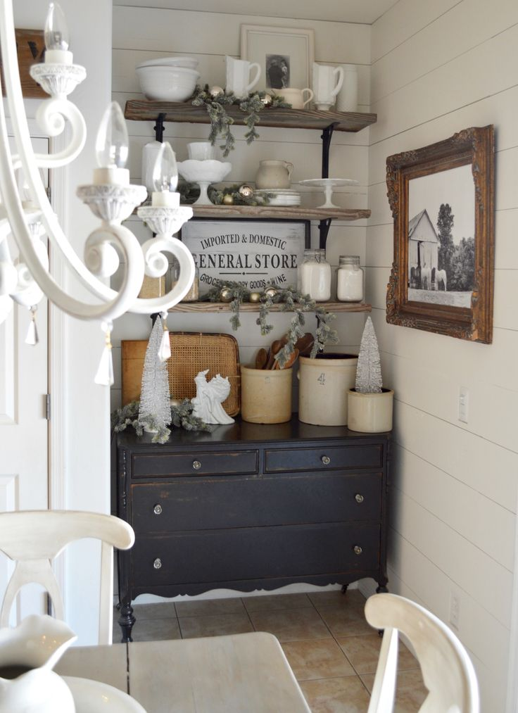 Neral farmhouse decor