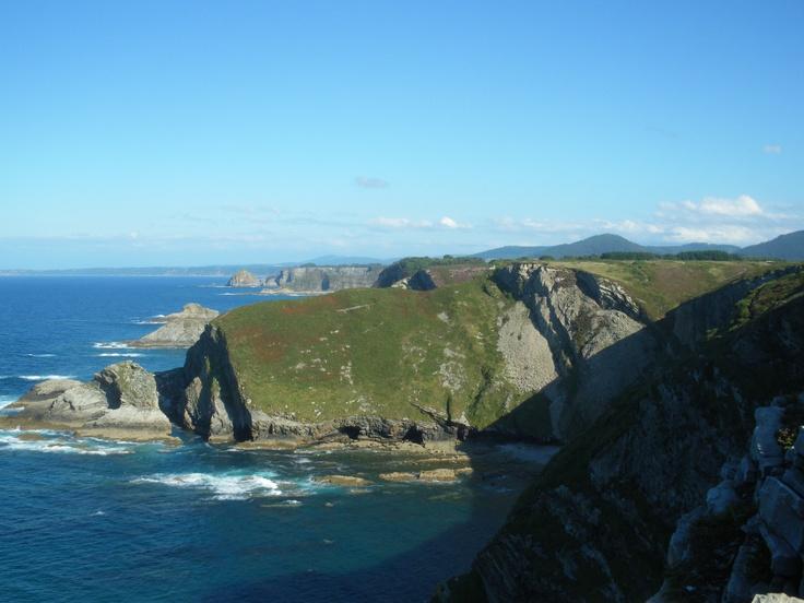Del Cabo Vidío hacia el Peñas, Asturias