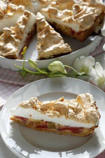Waniliowa tarta z rabarbarem z rosą