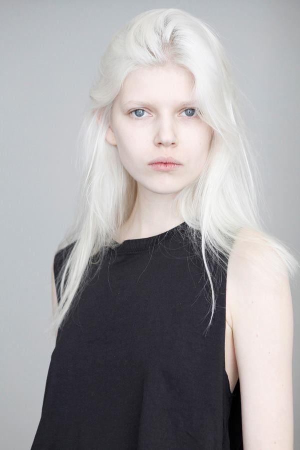 Ola Rudnicka - nowe polaroidy z Model Plus, fot.  Ania Rosińska-Łuczak