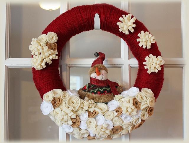 Country Snowman Wreath, via Flickr.
